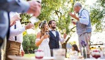 Hochzeitsrede Brautvater: Muster, Beispiele und Tipps
